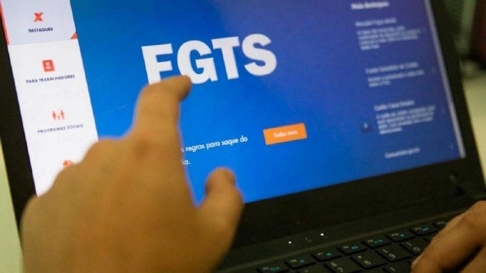 FGTS emergencial: R$1.045 já foi liberado em 3 lotes, confira quem ...