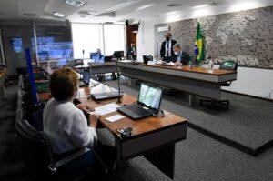 Comissão aprova isenção de IPI nas motos para cooperativas, mototaxistas e pessoas com deficiência